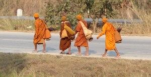 THAI Kamphaeng Phet 14 Monks going copy
