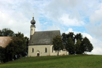 7a-onion-dome-church