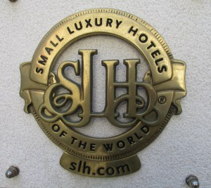 8-slh-logo