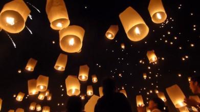 lanterns-in-sky