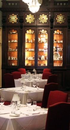 aus-syd-blue-mts-16-carrignton-dining-room