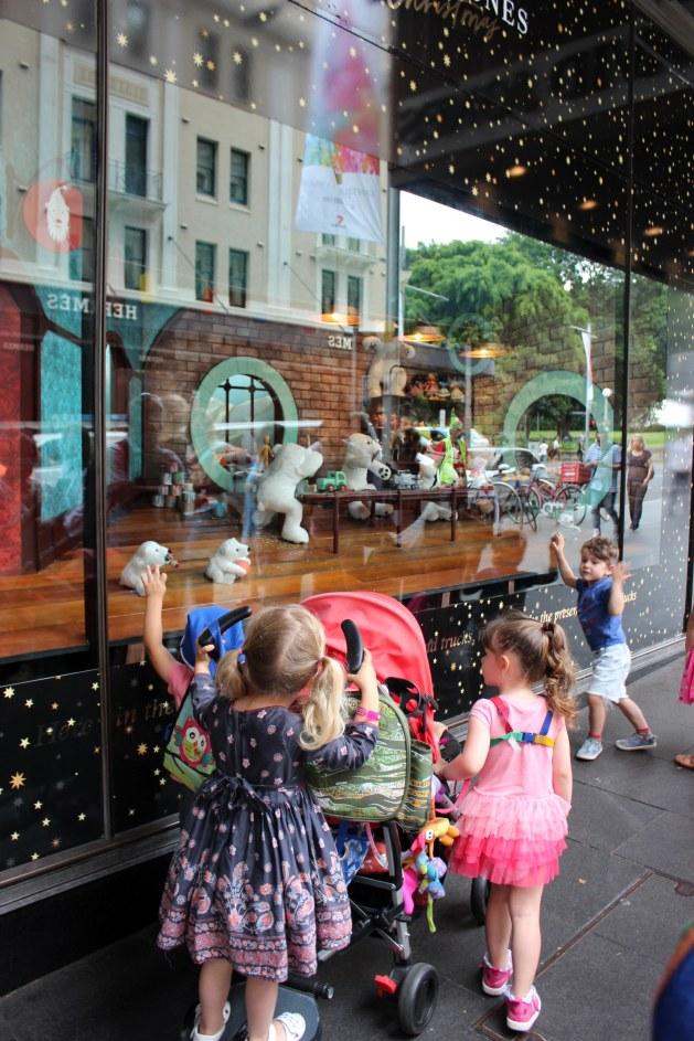 blog-aus-syd-16-david-jones-christmas-window-2