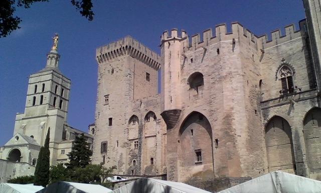 FRA Avignon 17 Palais des Papes 7