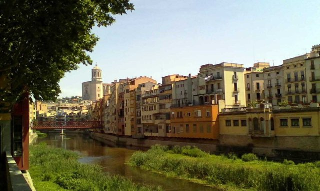 ESP Girona River and cathedral copy