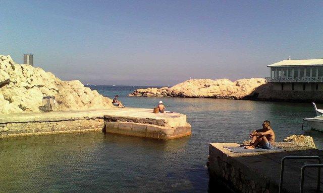 FRA Marseille Vallon des Auffes swimmers