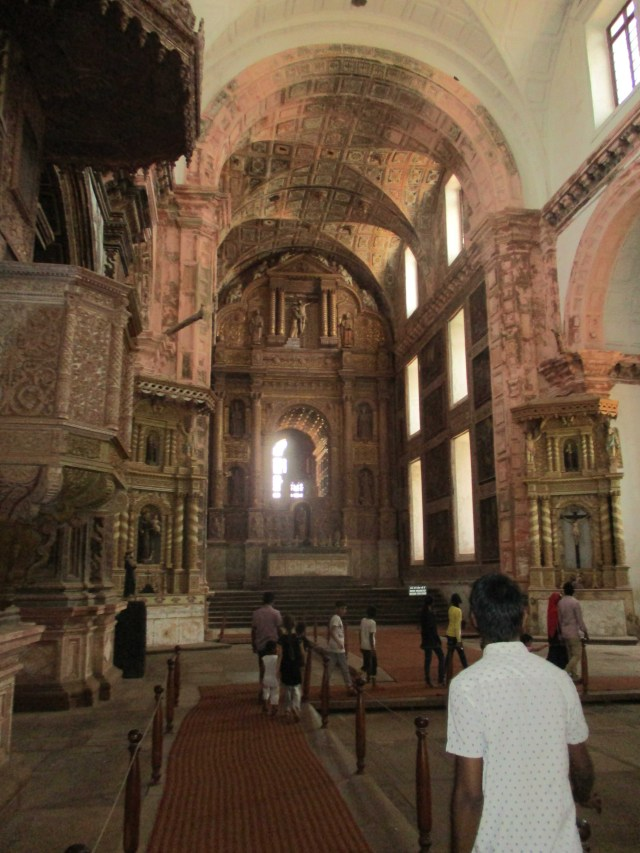 IND Goa Francis of Assisi interior