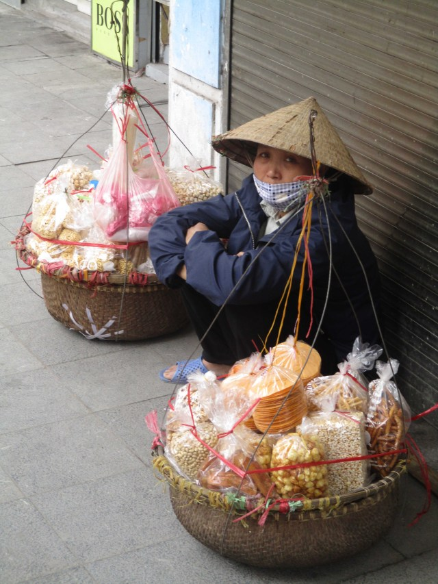 VNM Hanoi Hat and baskets
