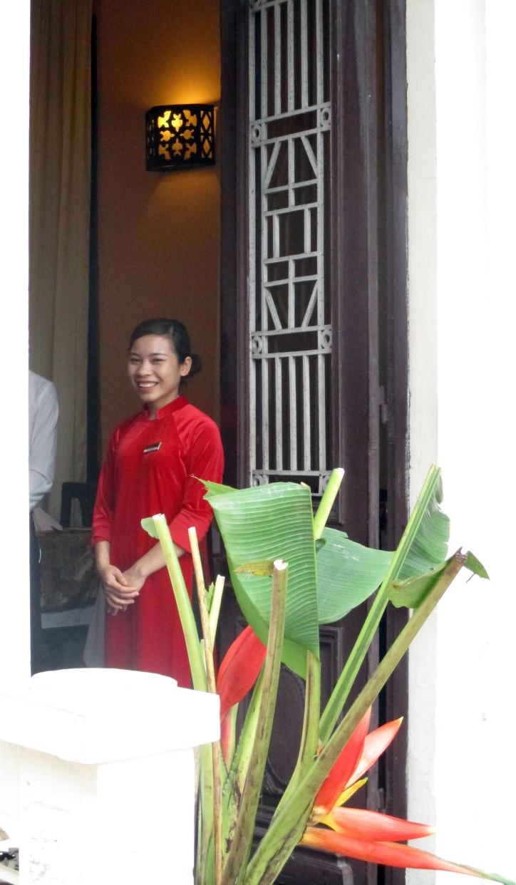 VNM Hanoi 17 Waitress copy