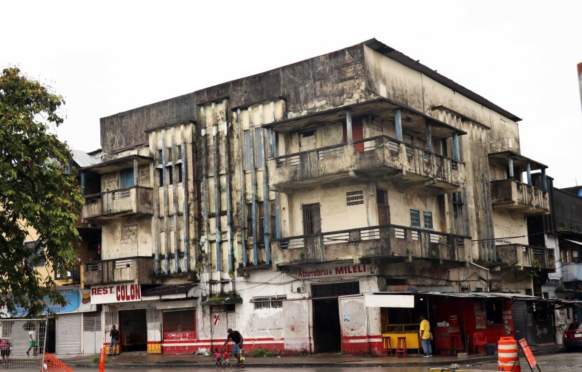 Colon building 1